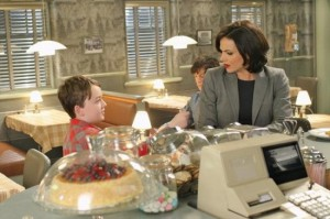 Once-Upon-a-Time-Season-2-Episode-17-Welcome-to-Storybrooke